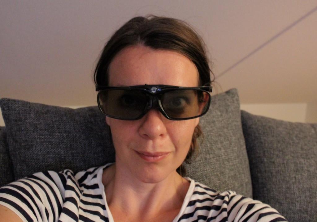 Så här snygga är vi i våra 3D-glasögon