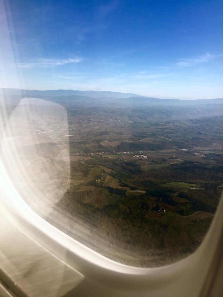 Flygplansvy över Toscana. Alltså, jag är ju inte så bra på att ta kort...